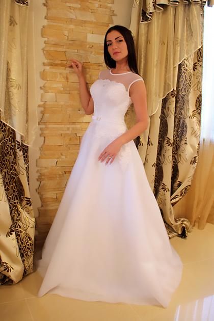 Свадебные платья с сеткой сверху